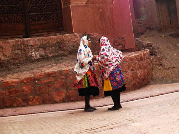 لباس محلی اصفهان2