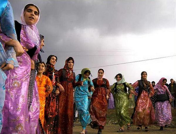 لباس محلی کردستان3