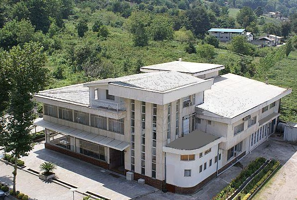 هتل فجر لاهیجان آبشار گیلان