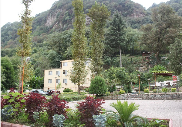 هتل فجر لاهیجان آبشار گیلان2