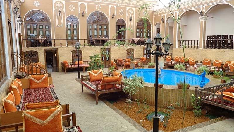 هتل سنتی رز یزد1
