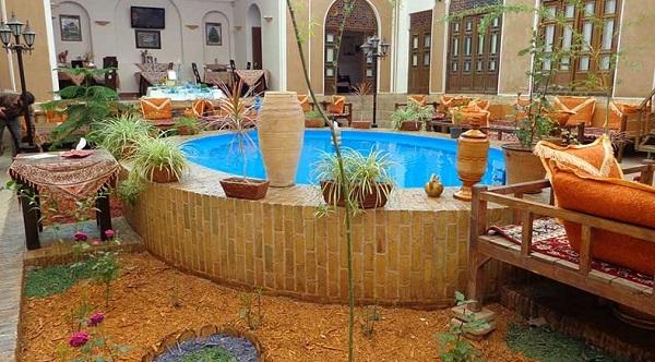 هتل سنتی رز یزد4