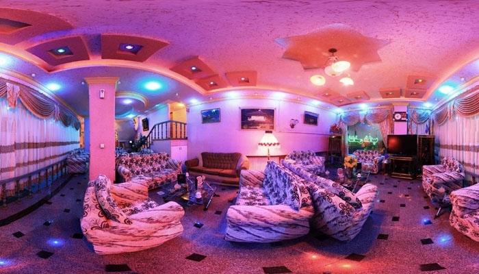 هتل آپارتمان تخت طاووس سرعین