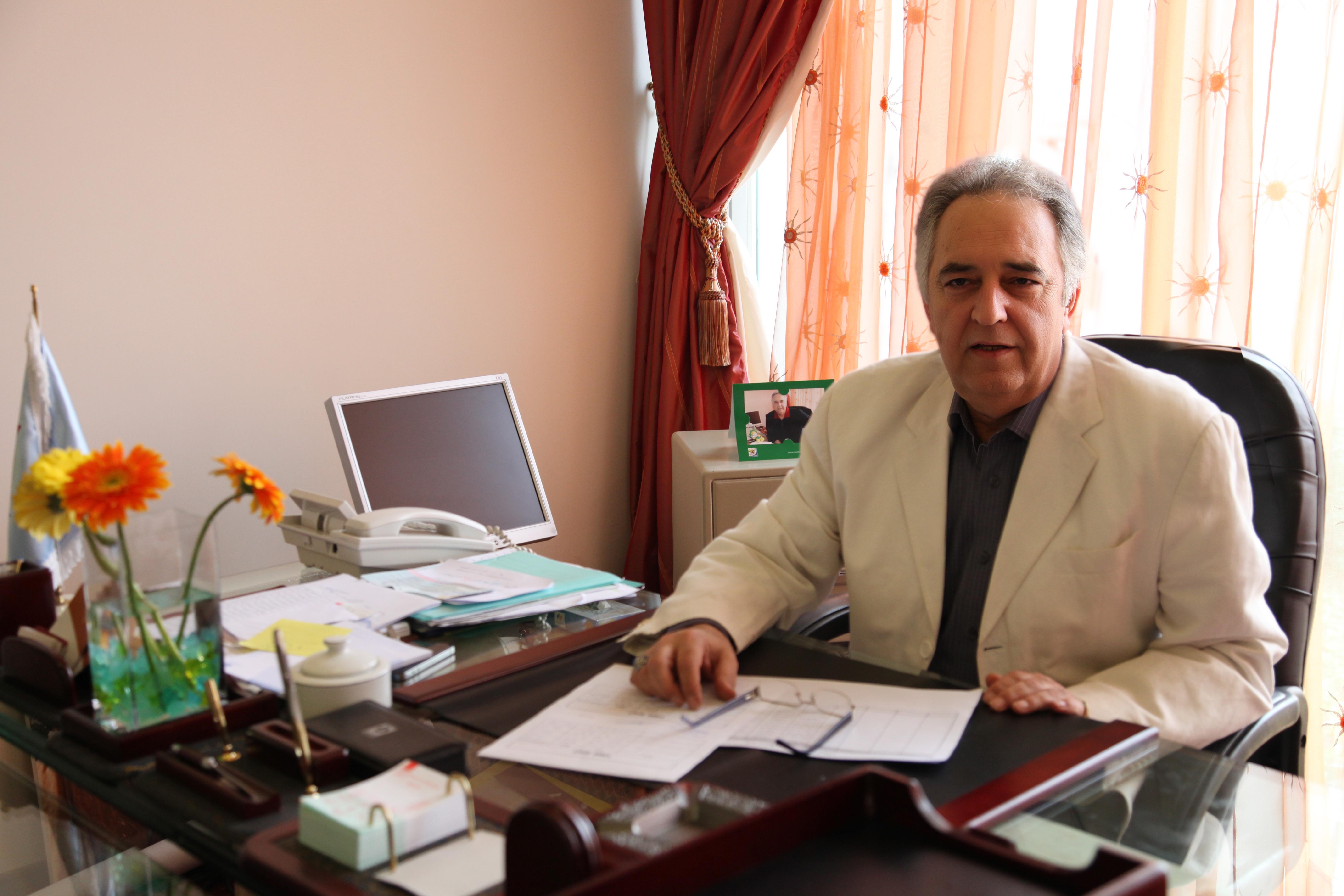 مهندس سعید موهبت بنیانگذار مجموعه های زنجیره ای نارنجستان