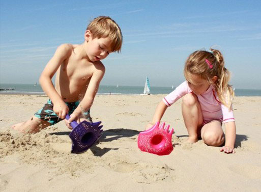 در ساحل چه وسایلی همراه داشته باشیم؟