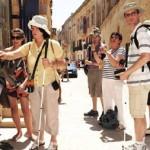 در مسافرت با گردشگران نابینا چگونه رفتار کنیم