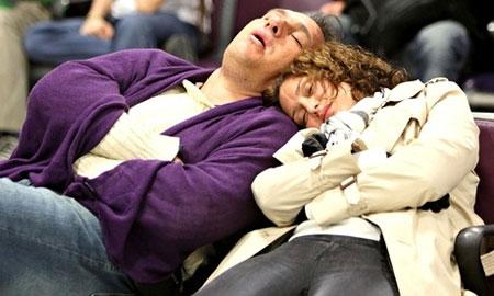 رفع بی خوابی و بهبود خواب گردشگران