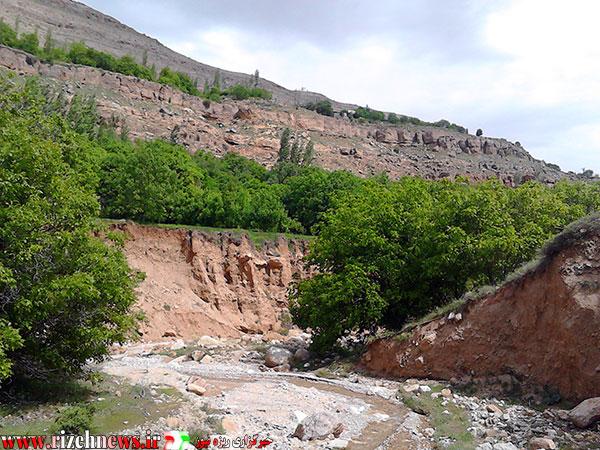 رودخانه آرام روستای ریزه فاروج3