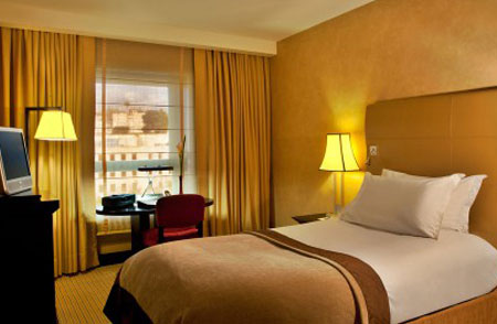 آشنایی با انواع تخت در هتل ها 4