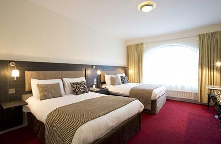 آشنایی با انواع تخت در هتل ها 7