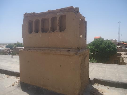 بادگیر شهرستان فیروزه روستای همت آباد زمانی