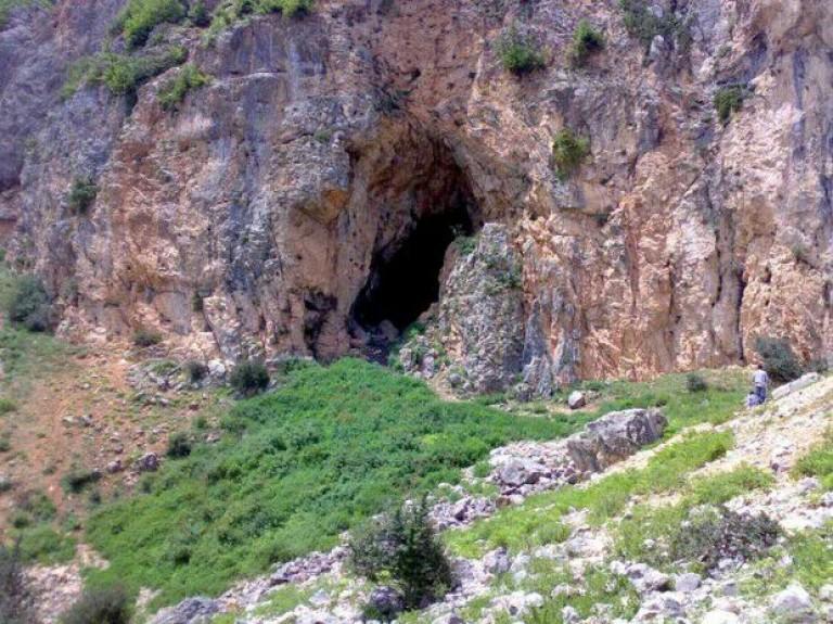 غار اسپهبدان
