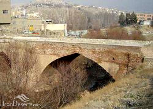 پل مصلی، بروجن