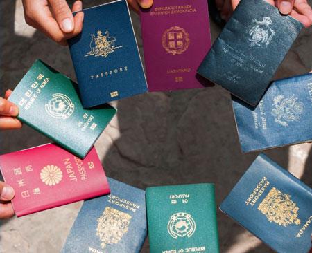 چگونگی رنگ جلد پاسپورت ها 1