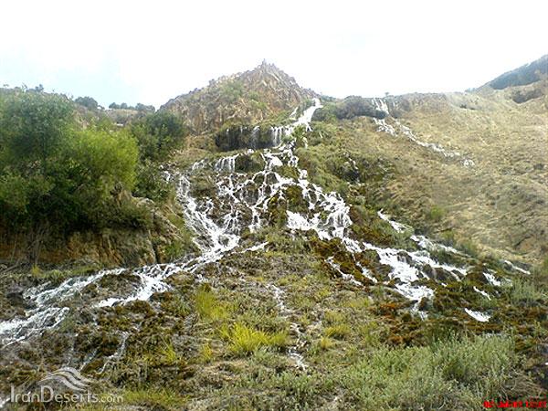 آبشار منج،دنا